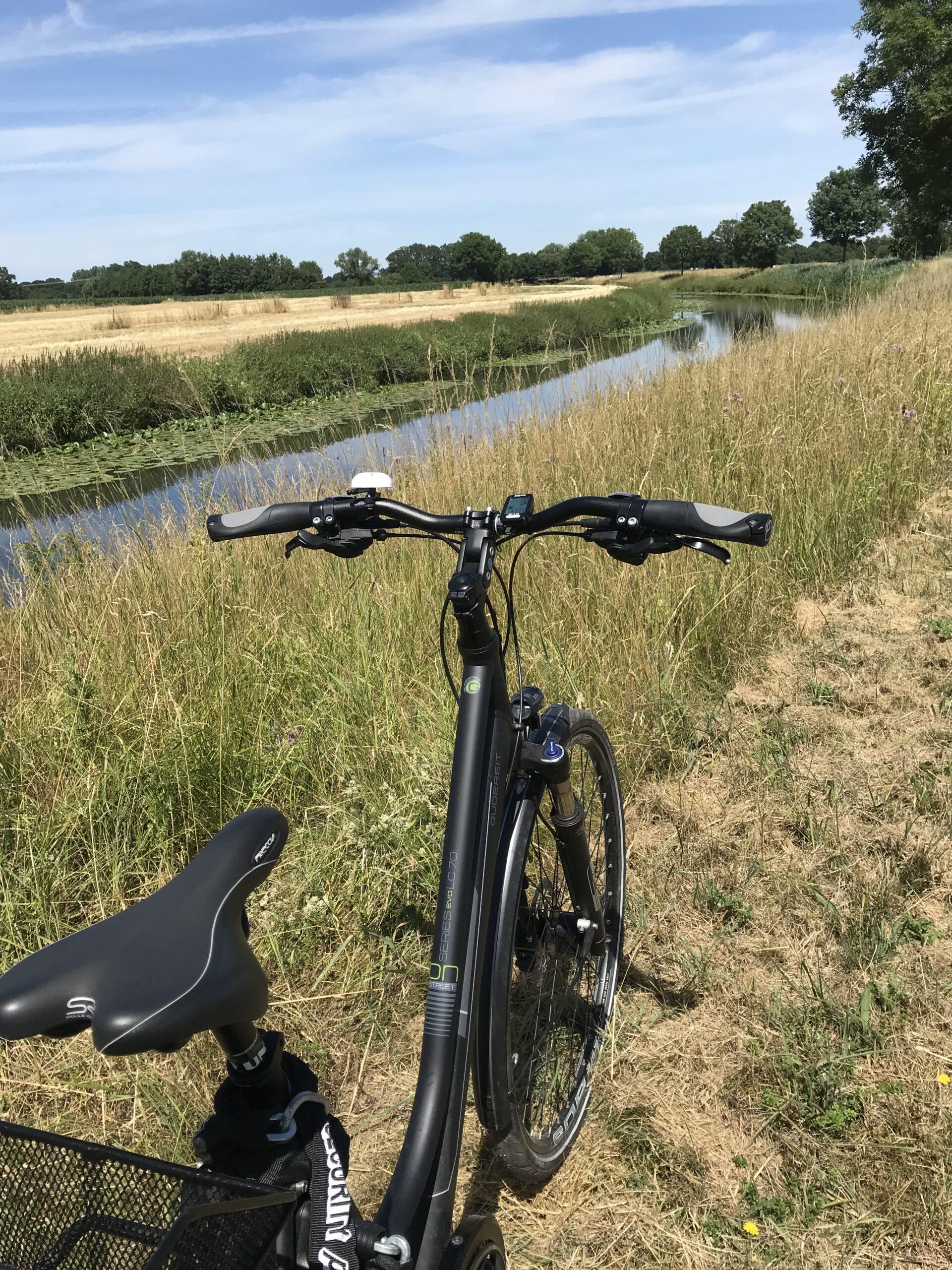 Fahrrad an der Stever